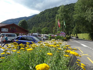 Manor Farm Resort, Near Interlaken, Welcomes you with a spectacular scenery.